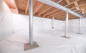 Crawl space structural support jacks installed in Mountain Home