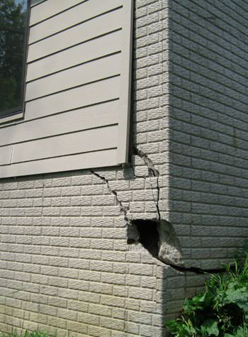 severe cracking of structural walls in Post Falls